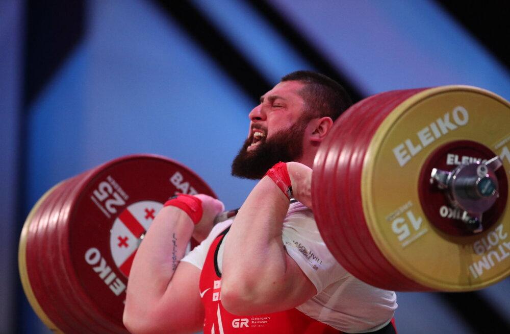 VIDEO | Julm üleolek – tõstmise maailmarekordimees Laša Talahhadze edestas Roomas järgnevaid 58 ja 77 kiloga