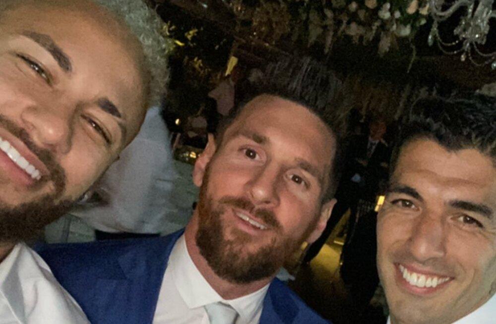 """FOTO   Legendaarne ründetrio """"MSN"""" sai Suarezi tähtsa tähtpäeava puhul jälle kokku"""