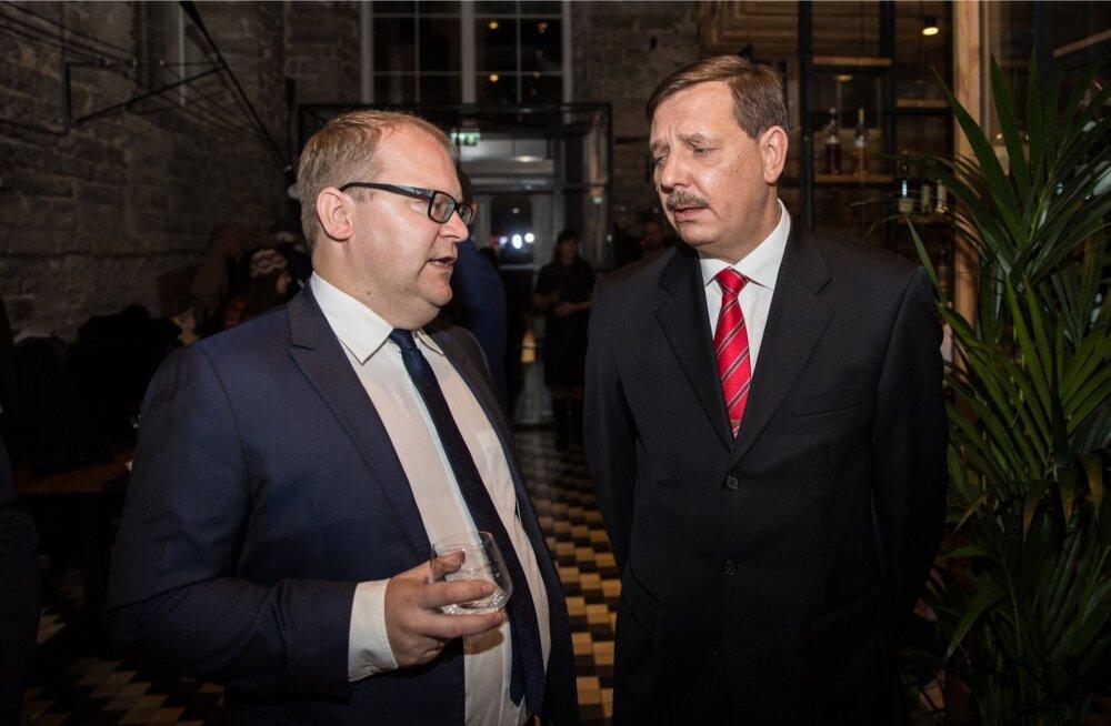 Urmas Paet ja Taavi Aas Tallinna linnavolikogus tööle ei asu