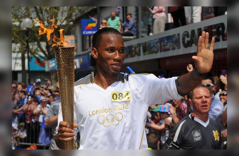 Didier Drogba olümpiatõrvikuga