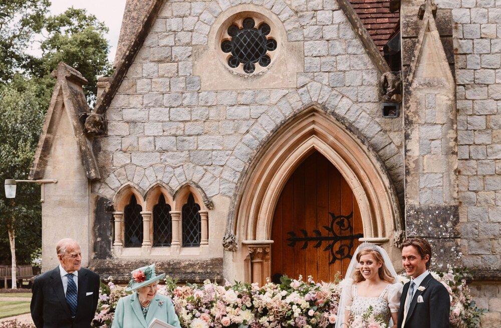 FOTOD | Avaldati pildid printsess Beatrice'i salapulmast! Skandaalseid vanemaid neil näha pole