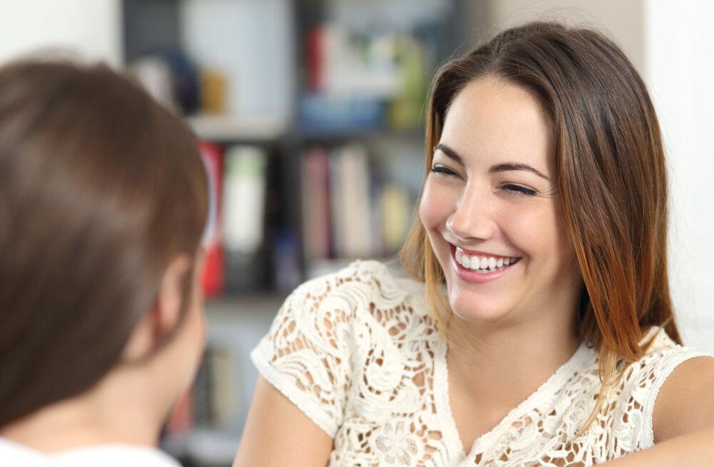 Seitse suhtlusnippi FBI profileerijalt, mis aitavad sul saada maailma kõige meeldivamaks vestluspartneriks