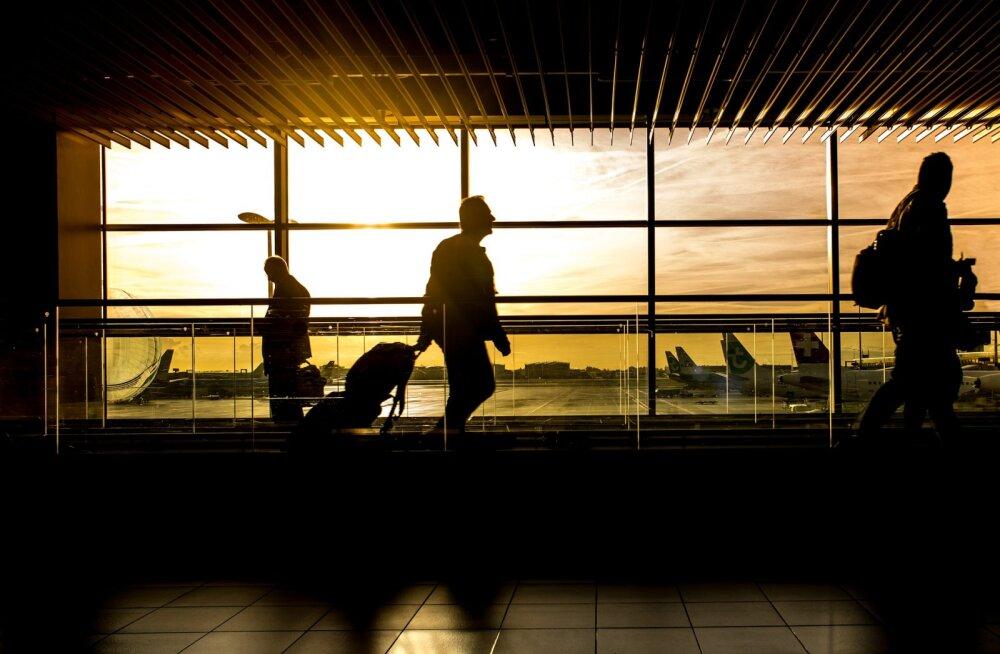 Eesti turismifirmad kinnitavad: turismi kaudu nakatus septembris 18 korda vähem inimesi kui siseriiklikult