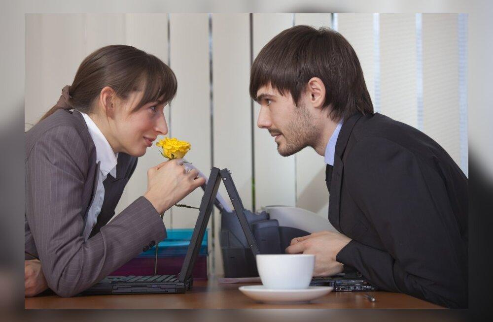 Как начать жить с мужчиной и не расстаться в первый же год