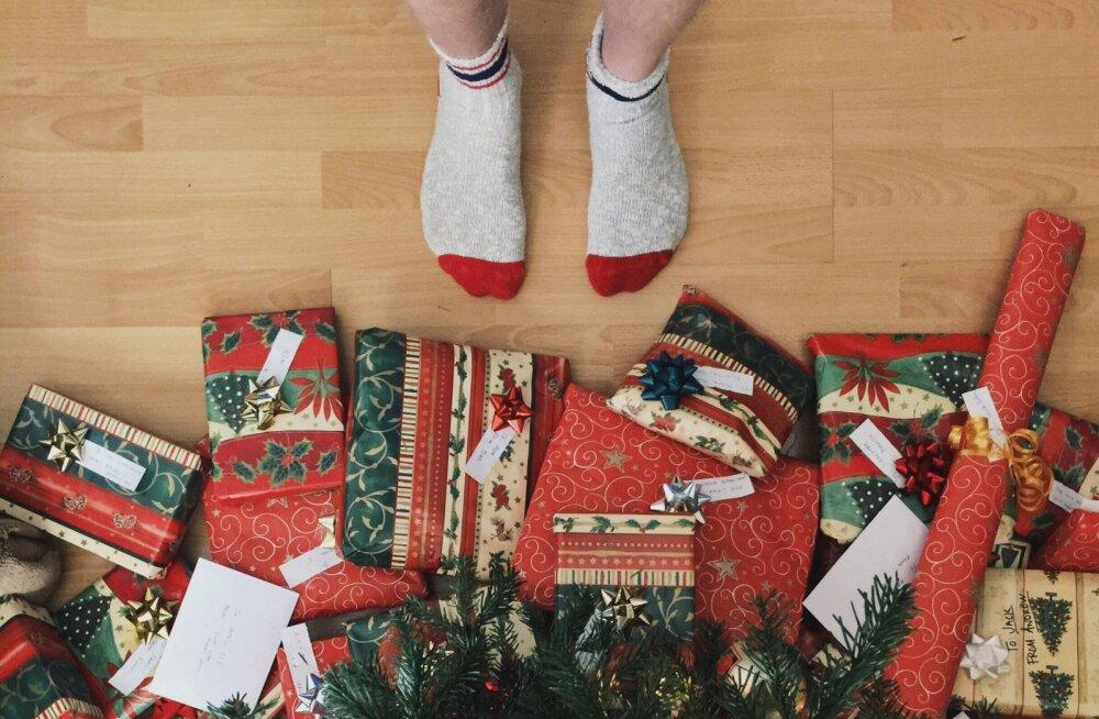 Jõulud on andmise aeg! Viis viisi, kuidas panna paika kinkide eelarve ja sellest päriselt ka kinni pidada