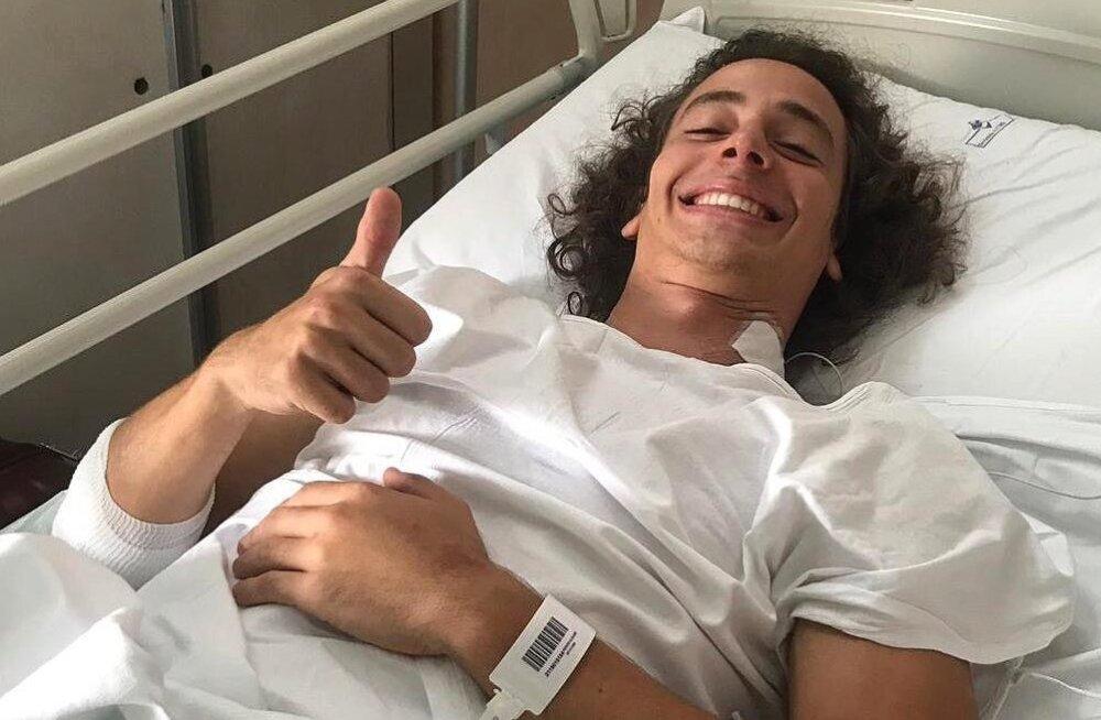 Monzas hirmsa õhulennu teinud vormelipiloot sai haiglast välja, ees ootab pikk võistluspaus