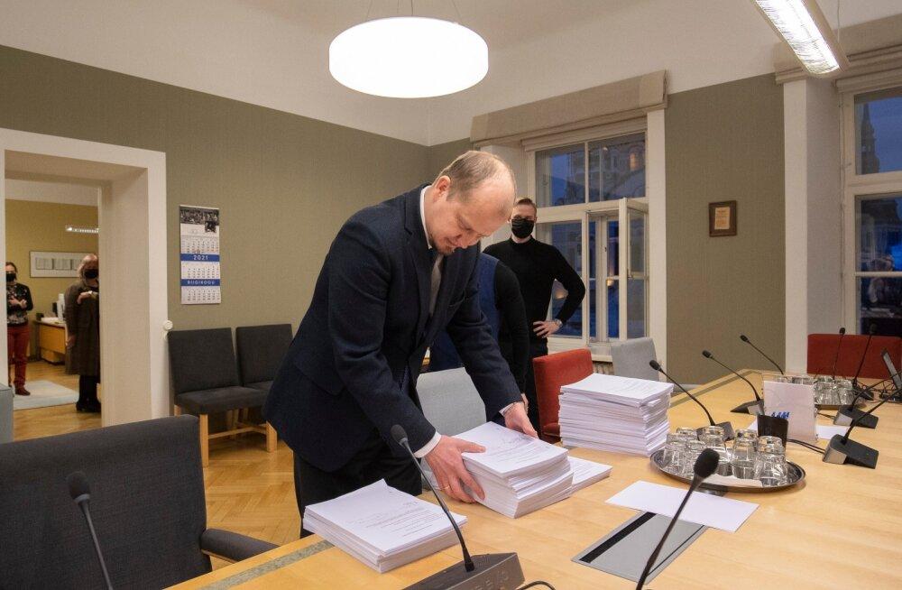 Opositsioon andis õiguskomisjonile üle muudatusettepanekud 30.12.2020