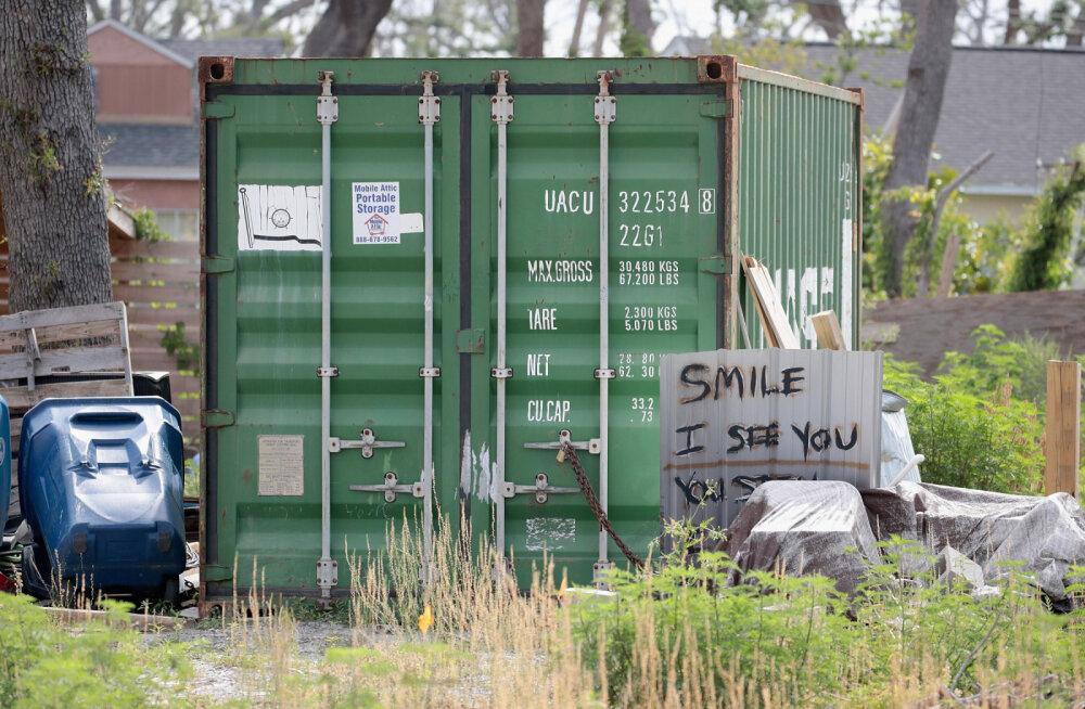 В Амстердаме туристам сдавали на Airbnb грузовые контейнеры под видом уютных квартир