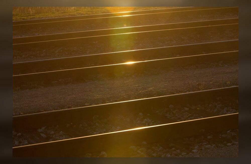 Relsiralli 2012 dresiinikolonni ette rakendatakse ajalooline auruvedur Kaspar