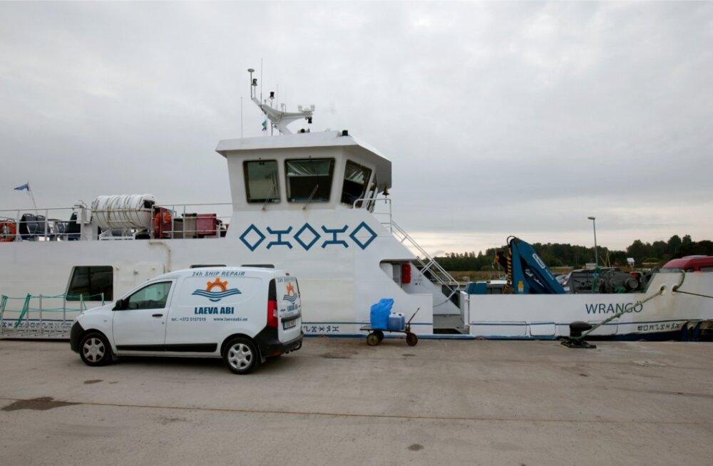 Parvlaev WRANGÖ Leppneeme sadamas
