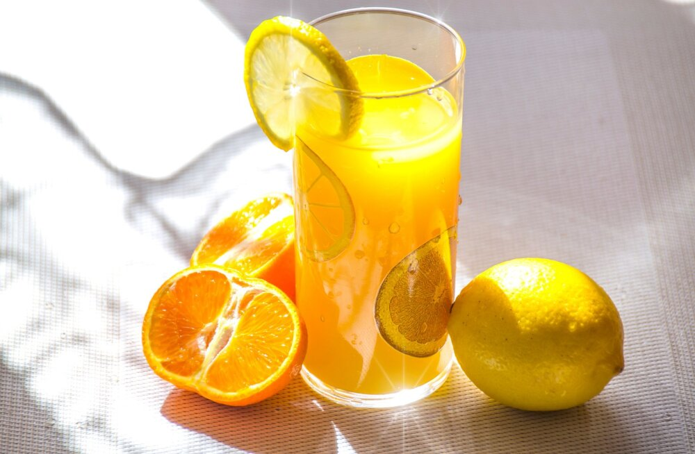 Консультант по питанию: человек обязательно должен употреблять витамин С, потому что организм не способен его синтезировать