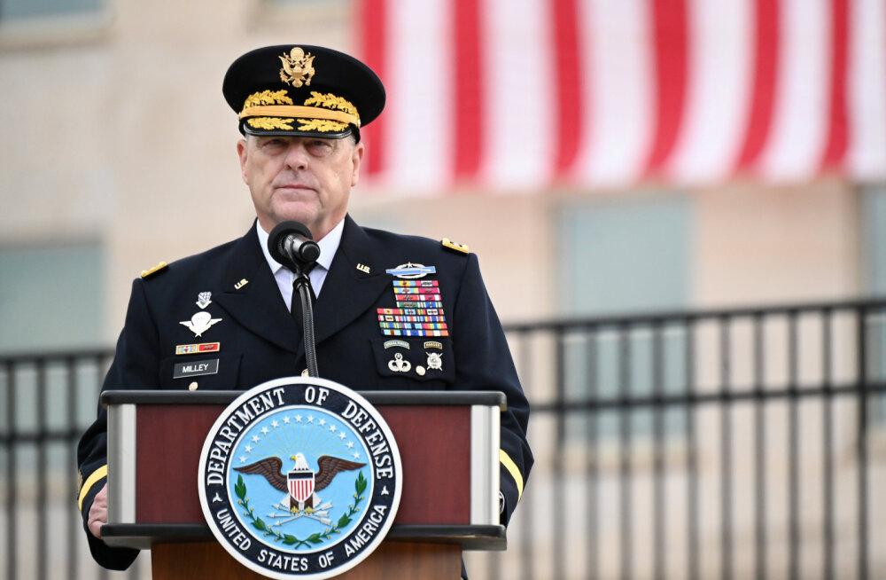 Kapitooliumi ründamise mõistsid erakordses avalduses hukka USA kõrgeimad kindralid ja admiralid