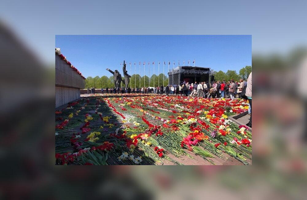 Сейм Латвии согласился рассматривать инициативу о демонтаже памятника советским воинам в Риге