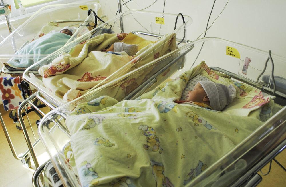Pelgulinna sünnitusmajas nägid ilmavalgust kolmikud ja neile pandi imearmsad nimed