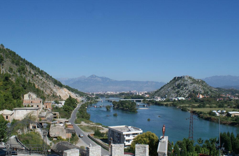 Почему вы никогда не были в Албании?