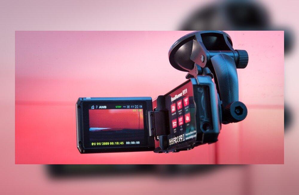 TEST: Autokaamera RoadRunner 511, soodsaim täiskõrglahutusega videosalvesti Prestigiolt