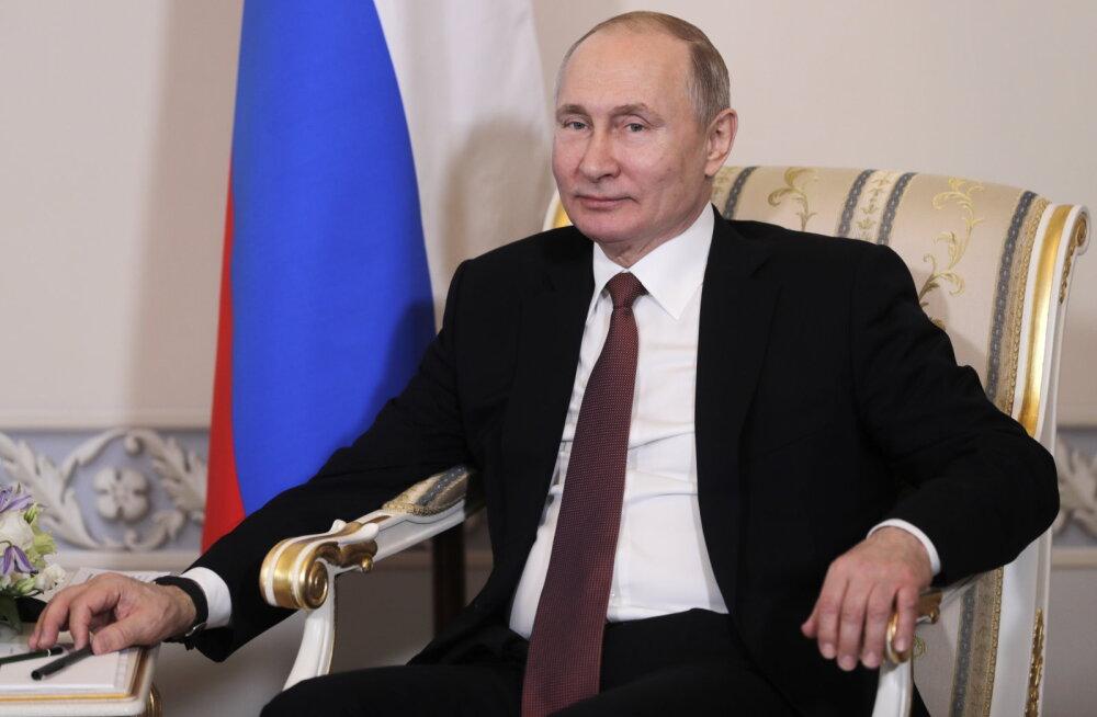Посол России в Эстонии: Путин пригласил Кальюлайд в Москву в конце прошлого года