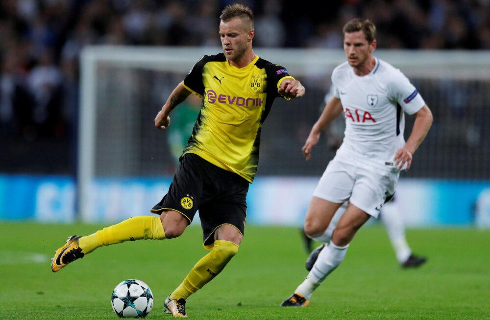 West Ham United täiendas ridu Dortmundi Borussia mängumehega