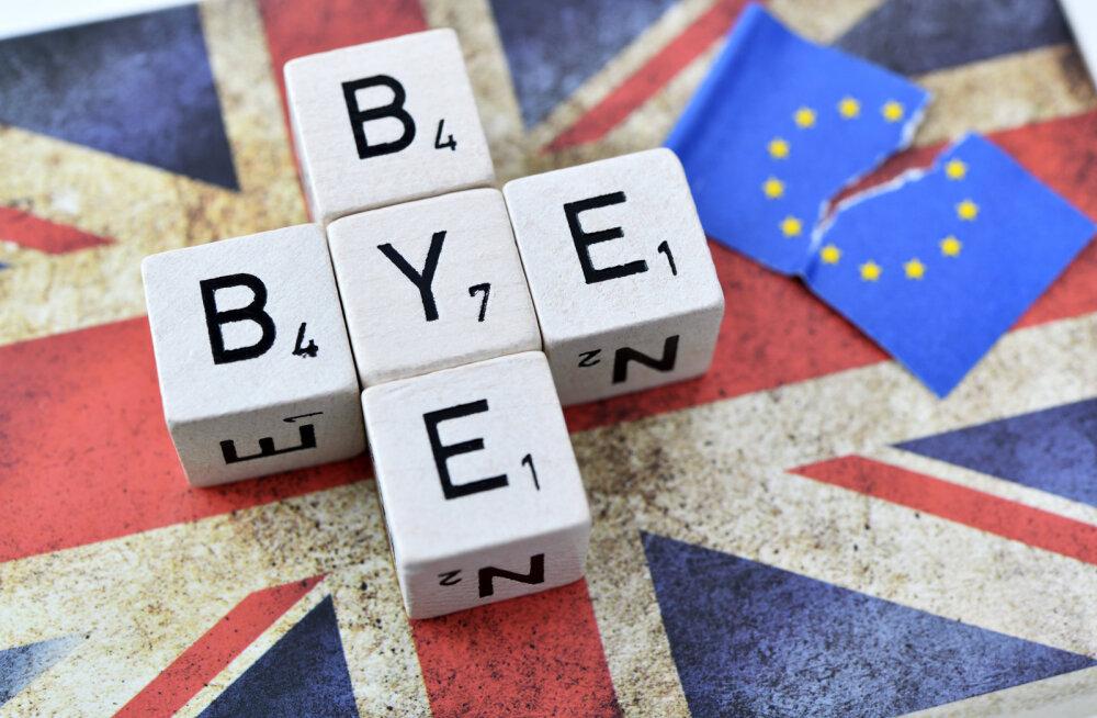 С ноября следующего года в Великобританию больше нельзя будет въехать по ID-карте
