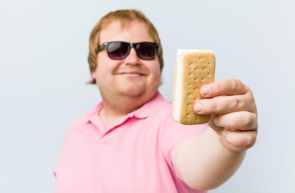 Pontsakad mehed, rõõmustage! 5 teadlaste poolt kinnitatud põhjust, miks naistele meeldivad paksukesed