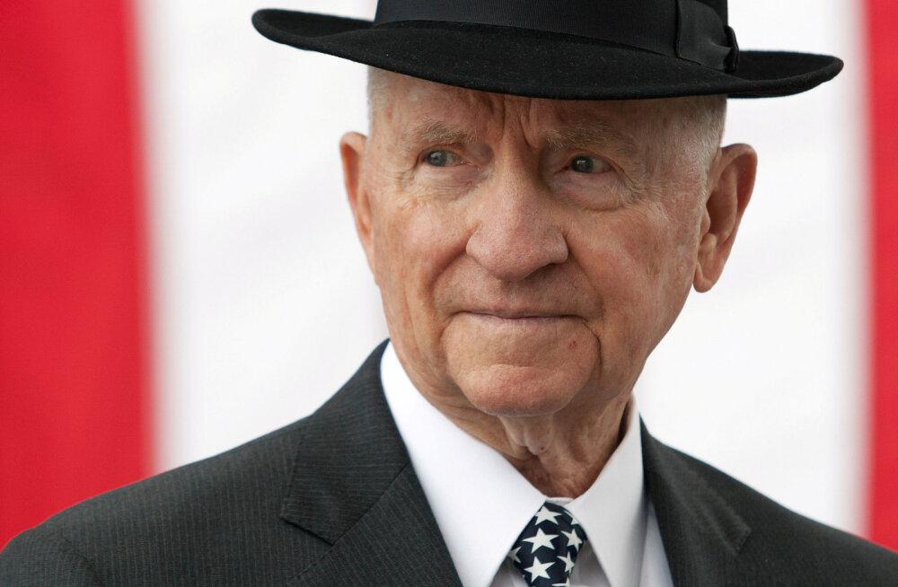Suri kaks korda USA presidendiks pürginud miljardär Ross Perot