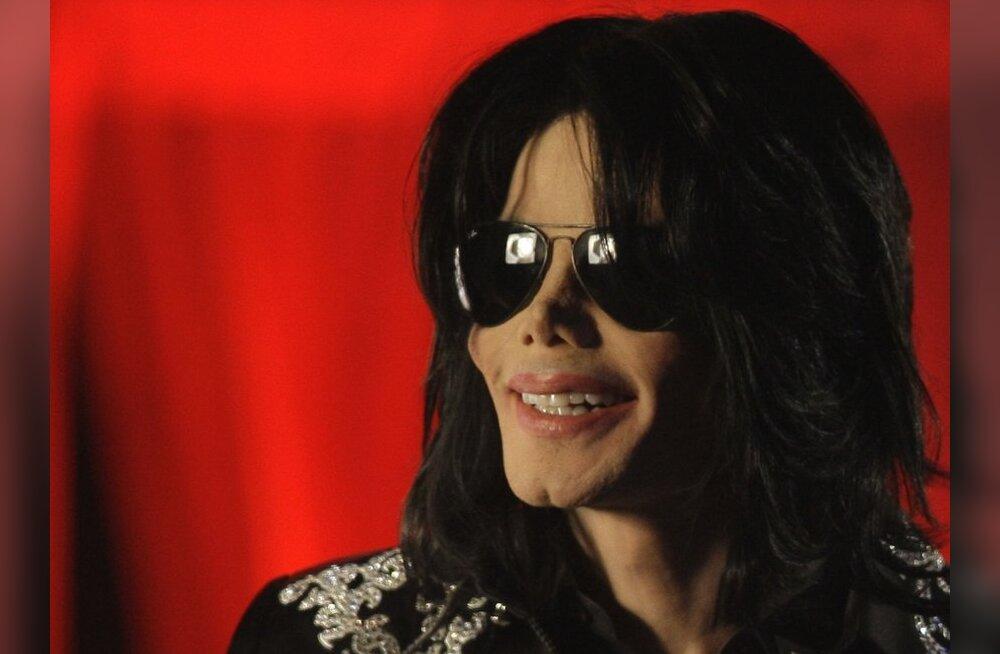 Michael Jackson kaevati genitaalherpesesse nakatamise pärast kohtusse