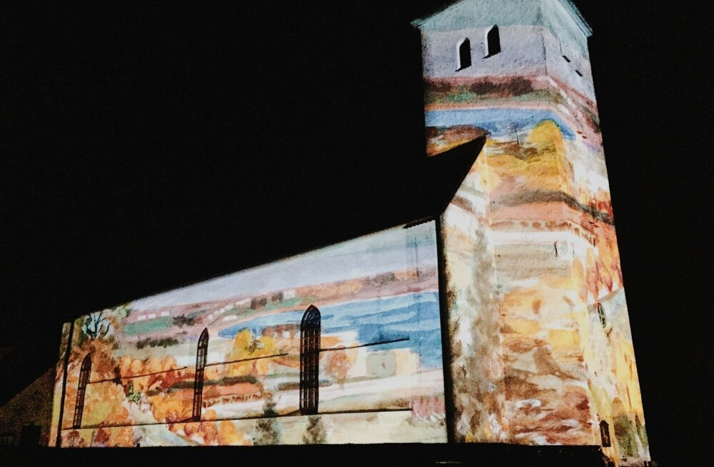 Valgusinstallatsioon Viljandi Jaani kirikul