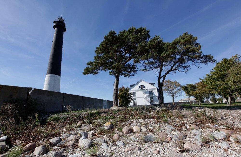 Sõrve külastuskeskus ja tuletornilinnak
