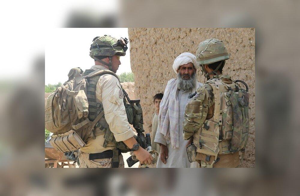 FOTOD: Üks sõdur, kolm pilti: vaata, kuidas sõjaskäik noorte meeste silmavaadet muudab