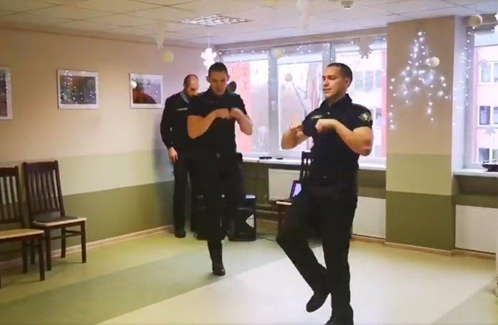VIDEO | Geniaalne! Tulevased politseinikud võtsid südameasjaks vanurite lõbustamise
