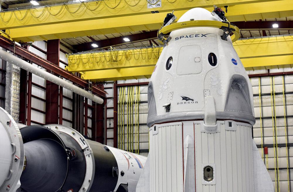 SpaceX valmistub kommertslendude ajalugu muutvaks kosmoselennuks