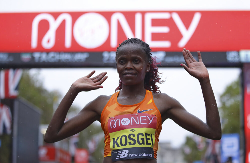 Maailmarekordiomanik Brigid Kosgei kaitses Londoni maratoni tiitlit