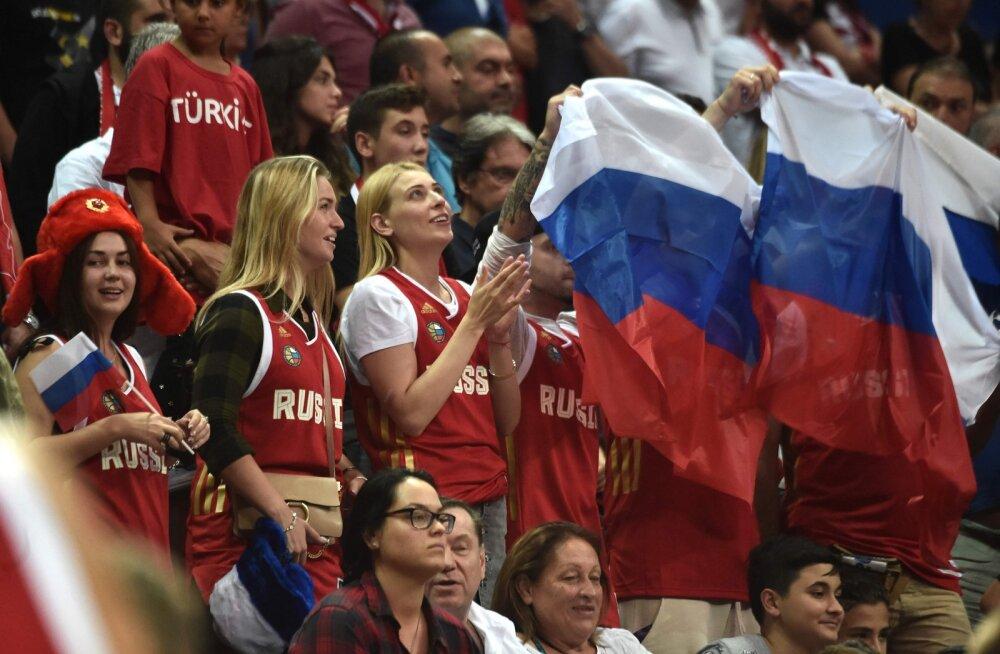 c7b9a981b48 VIDEO | Venemaa korvpallurid tabasid treeningult