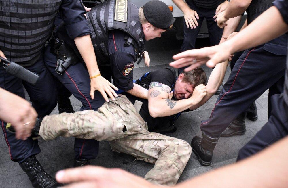 Moskva meeleavaldusel vahistati eile 549 inimest