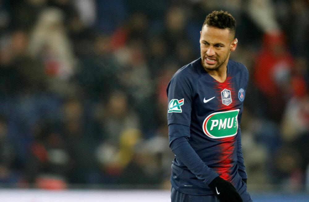 VIDEO | Toorutsev vastasmängija sai Neymarile saatuslikuks: brasiillane ei saa Manchester Unitedi vastu platsile tulla