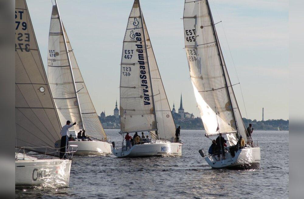 Delfi-KJK kolmapäevak, purjetamine