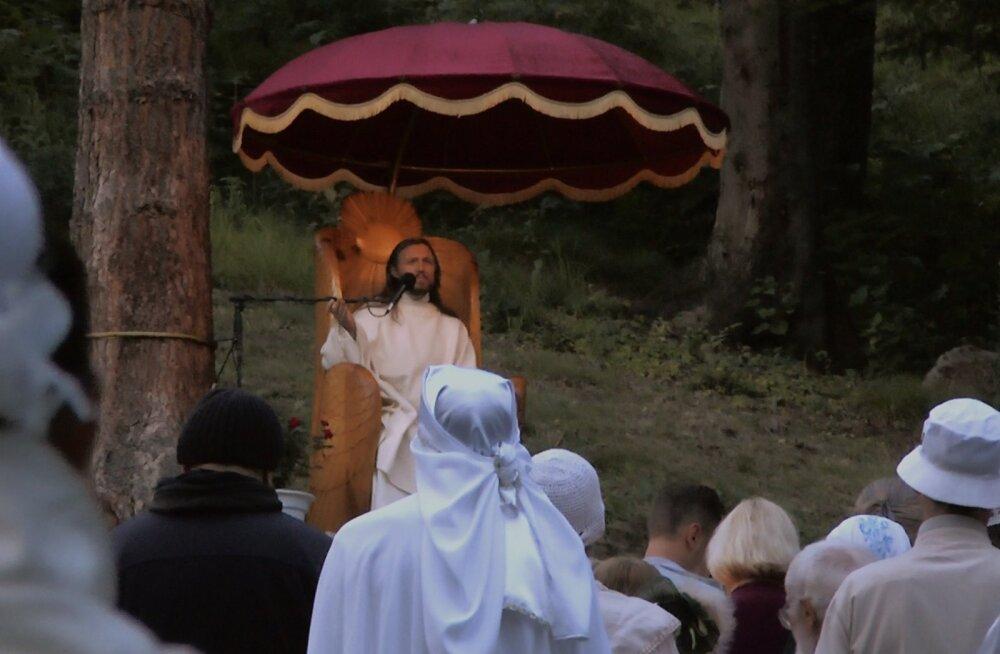 """Algas dokumentaalfilmi """"Kristus elab Siberis"""" ülevenemaaline kinolevi"""