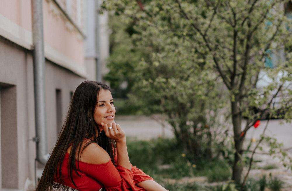 Noor eesti laulja Carine Jessica avaldas uue suvesooja singli