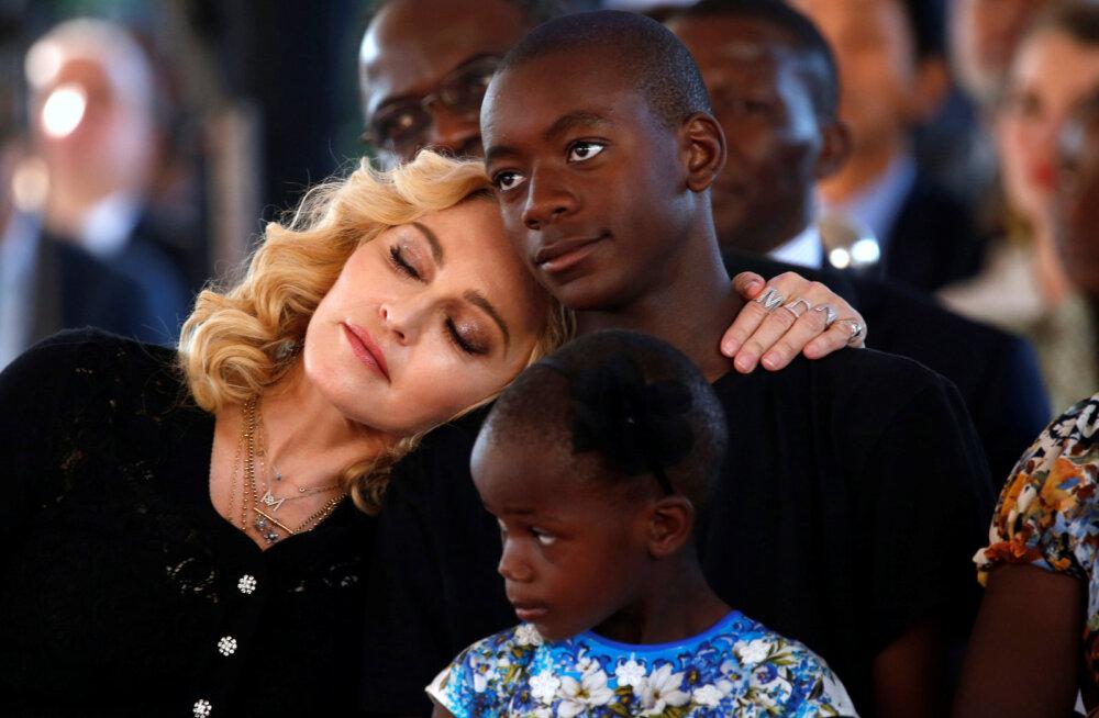 Madonna: adopteeritud Davidil on rohkem minu DNAd, kui minu pärislastel
