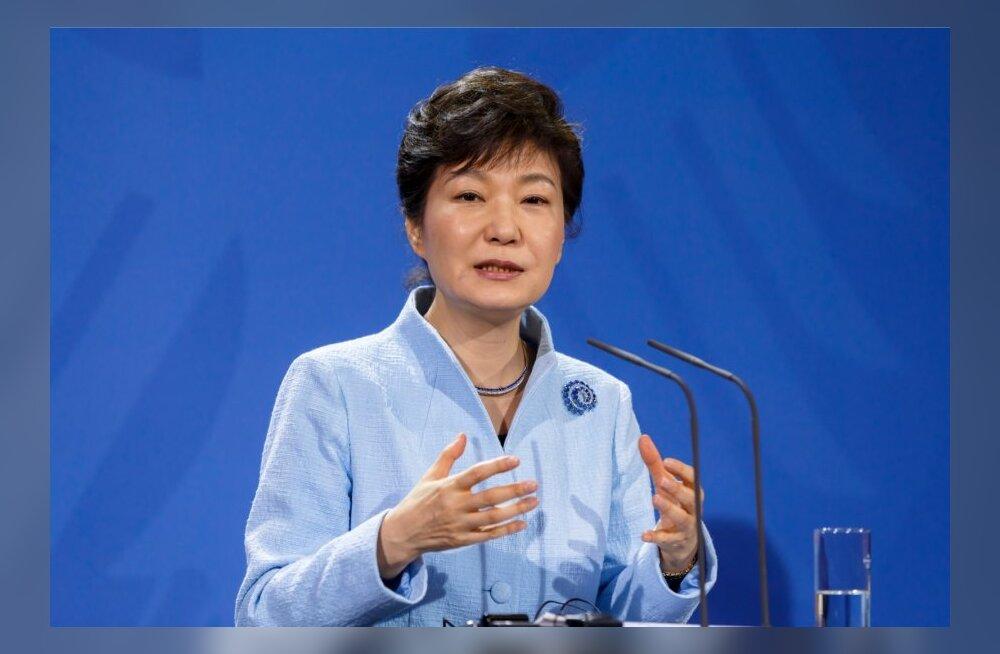 Põhja-Korea: Lõuna-Korea president käitub nagu vatrav talunaine