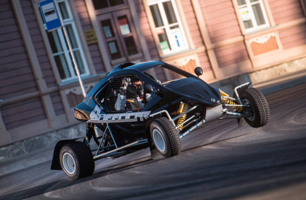 Rally Estonia Elva linnakatse eel saab näha atraktiivset crosskartide võistlust