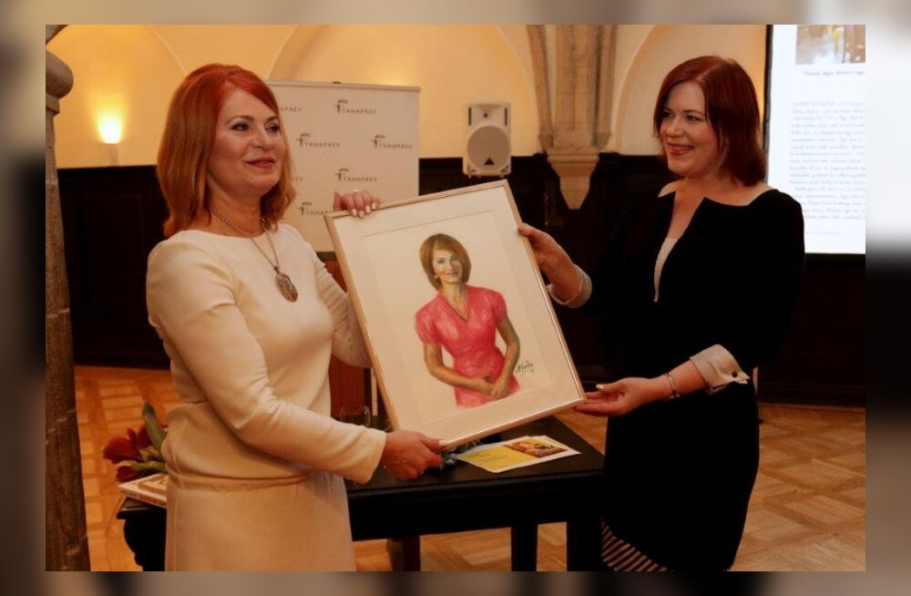 Mart Sander maalis Sirje Eesmaast raamatu auks portree!