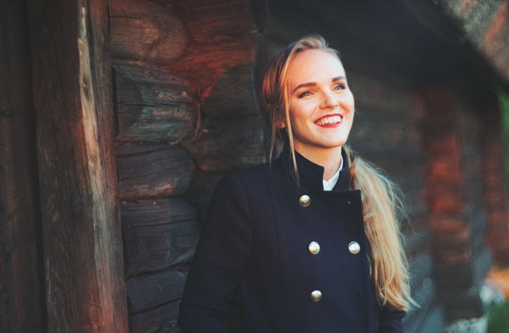 """KUULA: Kadri Voorandi sulest valmis noorte laulu- ja tantsupeoks """"Mina jään"""" kaks uudisteost kooridele"""