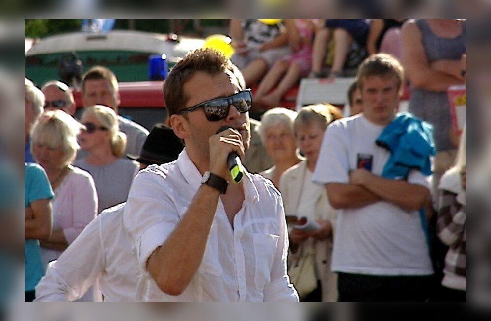 VIDEO: Koit Toome rokib koos Järva-Jaani elanikega