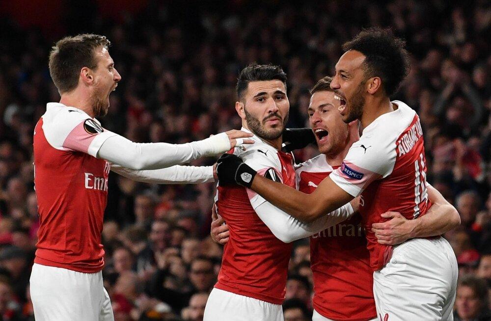 Londoni Arsenal sai kahel korral väravat tähistada.