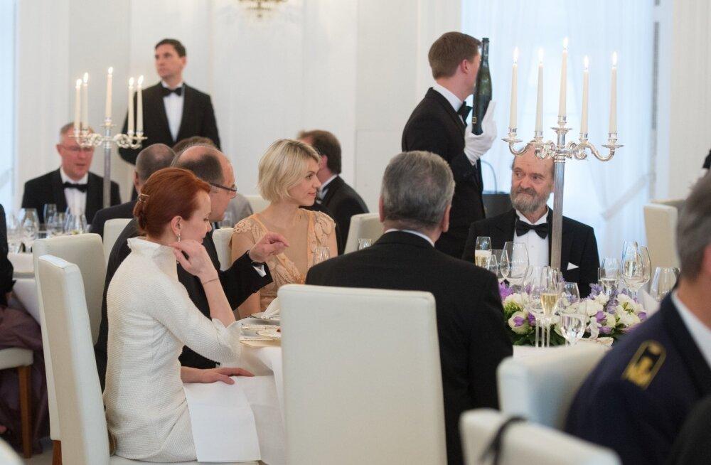 President Gauck´i ja proua Daniela Schadt´i poolt antav riigiõhtusöök Bellevue´lossis