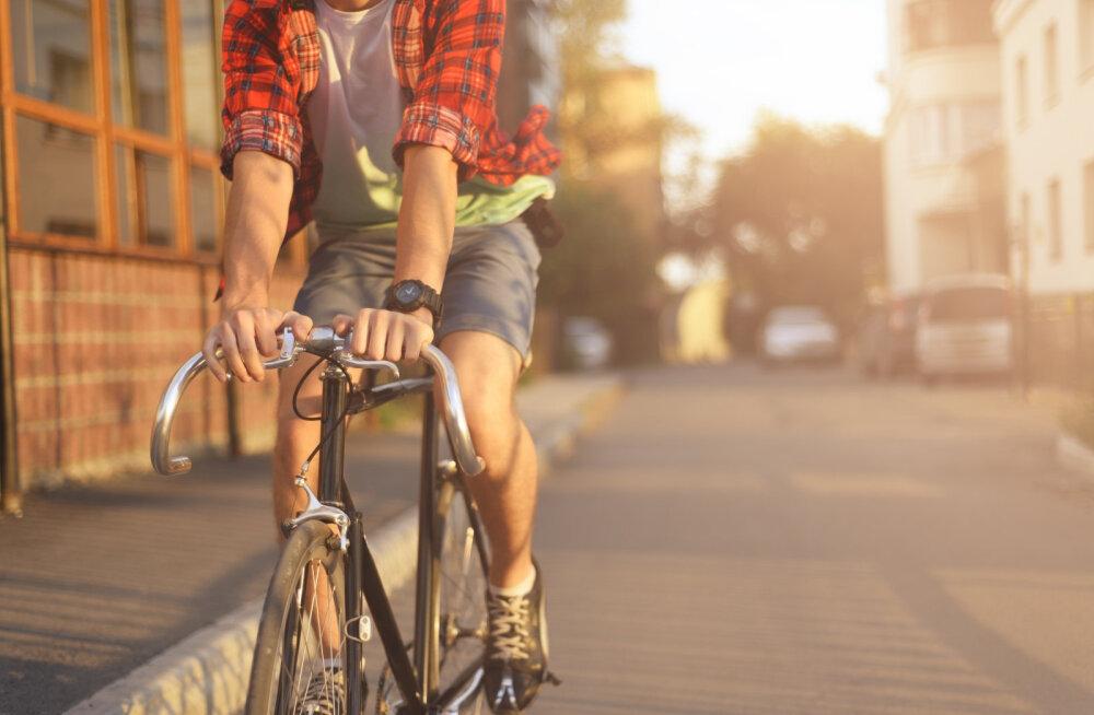 SISUKAS VAHEAEG | 10 soovitust ohutuks liiklemiseks jalgrattaga
