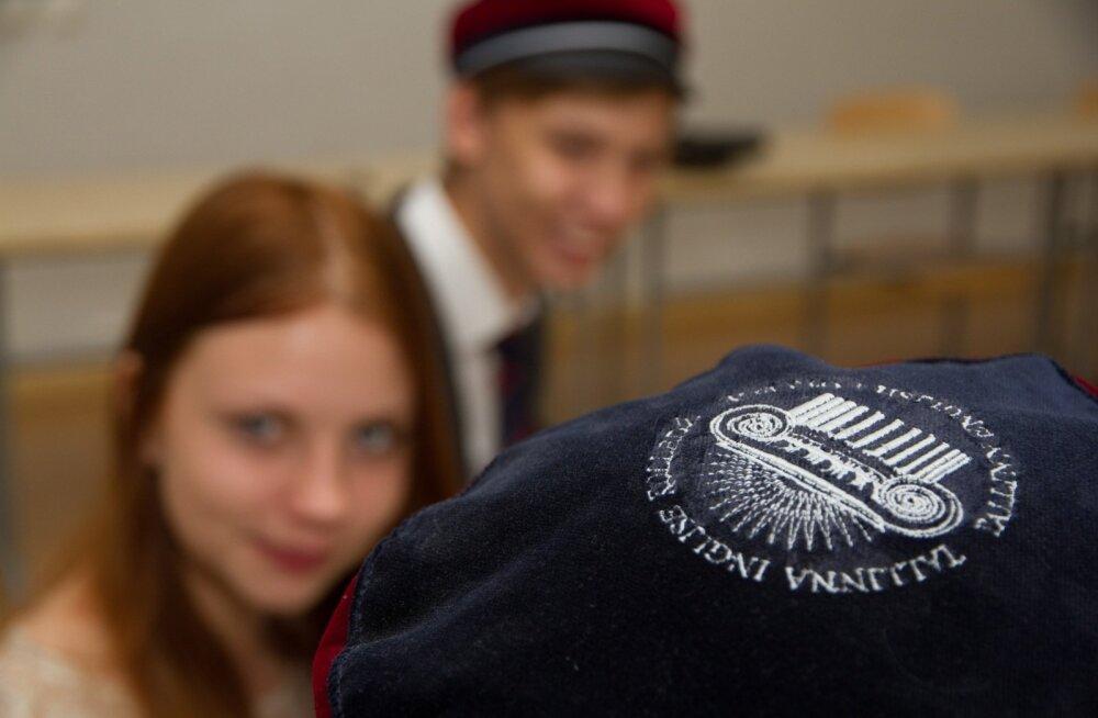 Inglise Kolledži IB õpilased (1 of 12)
