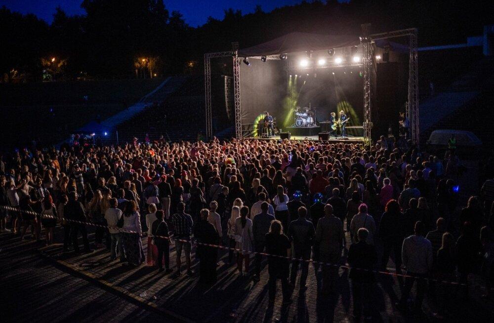 Terminaator & Shanon & 5miinust - Tartu linna Jaanipidu