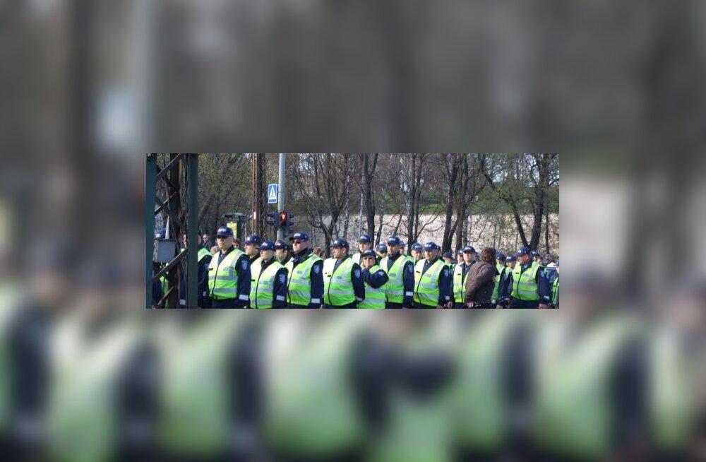 Politsei on pronksiöö aastapäevaks valmis